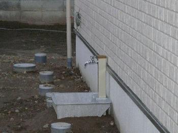たたずむ立水栓