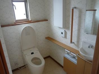 トイレ・トイラー・トイレスト