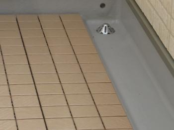 浸水防止用排水孔