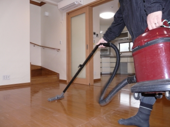 二回目の床磨き