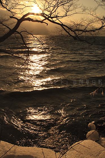 十和田湖夕日2