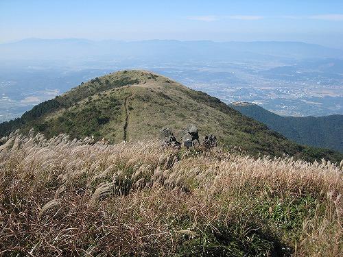 20 直方方面 右下に鷹取山