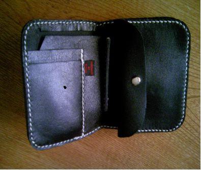 折れ財布1