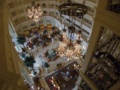 ランドホテル ミニーエレベーター