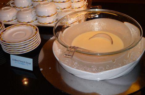 ピーチの冷製スープ