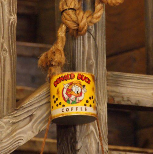 ドナルド缶