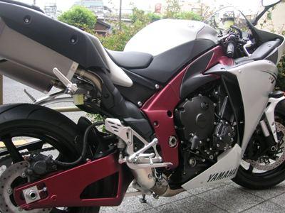 09YZF-R1