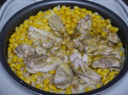 鶏肉&ツナコーンのターメリックバターライス♪