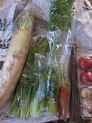 ベジタフルさんからの野菜1
