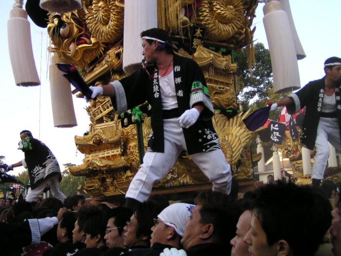 八幡神社かきくらべの本郷太鼓台