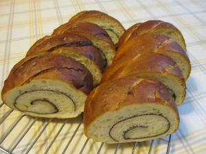 06うずまきパン