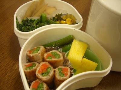 豚肉の野菜巻き、里芋とごぼうの煮物・・・