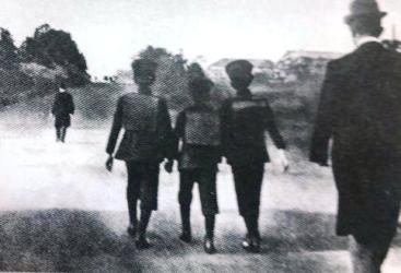 裕仁親王通学のお写真